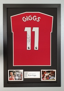 Ryan Giggs Signed Football Jersey & COA